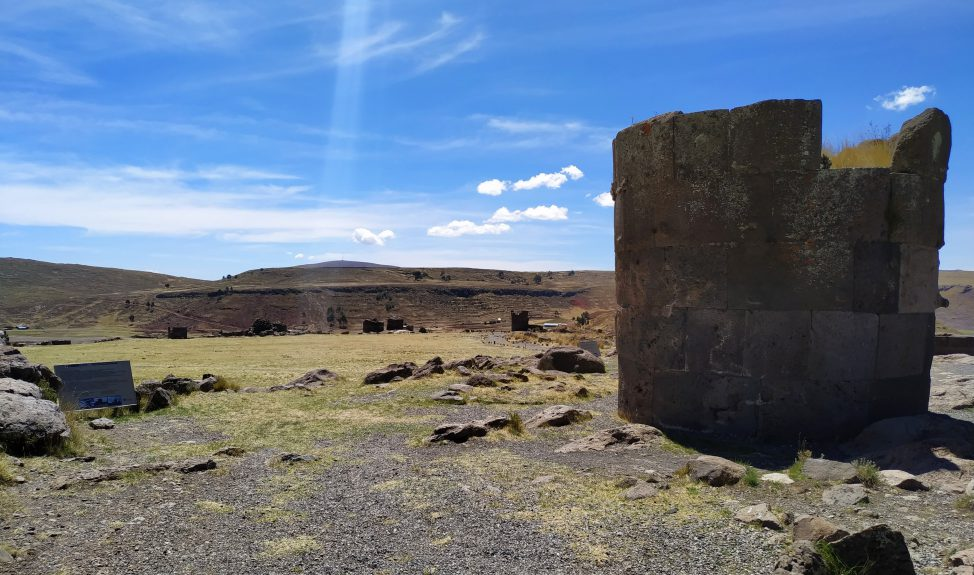 sillustani-funeral-tower