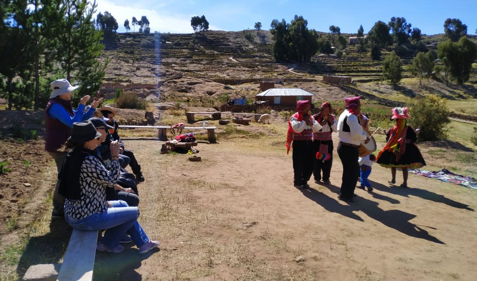 taquile-day-tour