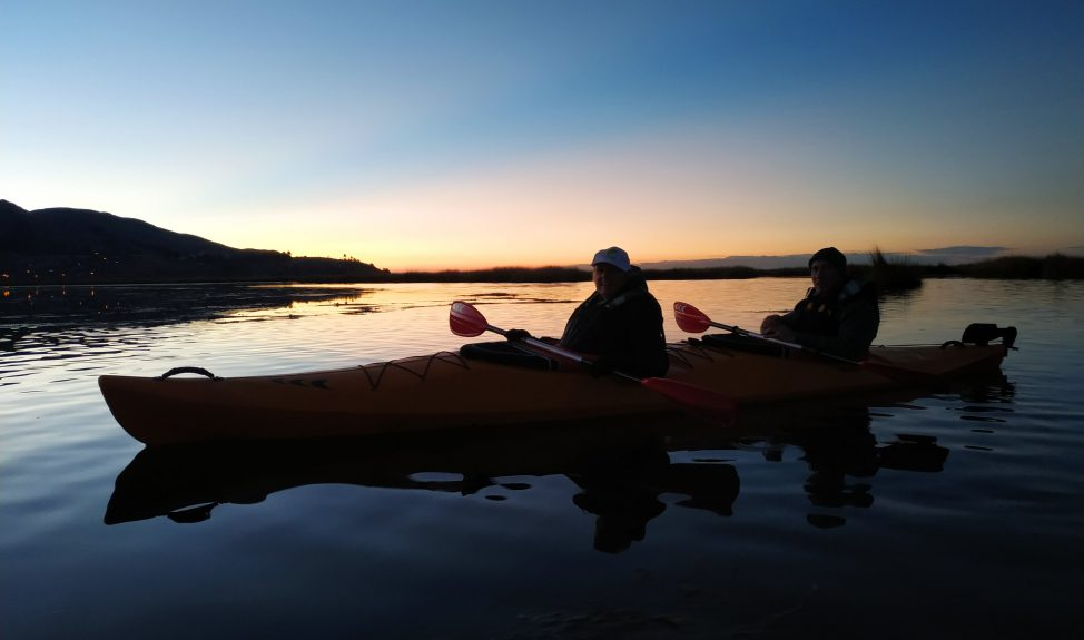 uros-sunset-kayak-return